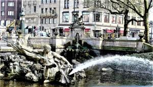 Der Tritonbrunnen auf der Kö.