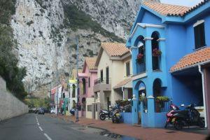 Very britisch......englische Reihenhäuser auf Gibraltar