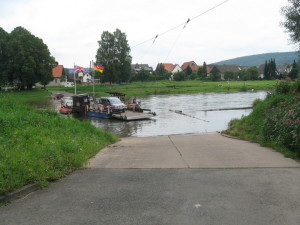 mf204_Faehre_im_Wesertal.jpg