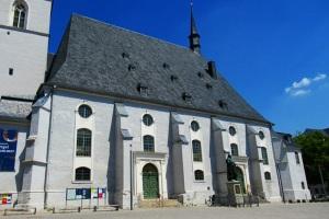 Die Stadtkirche St. Peter und Paul, auch Herderkirche, gilt als bedeutendste von Weimar
