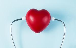 stilisiertes Herz mit Stethoskop