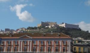Über Napoli  die Festung