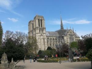 Notre Dame, über 700 Jahre alt - wir vermissen dich schon jetzt