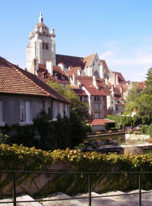 Burgund 5