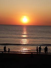 Sonnentuntergang an der See