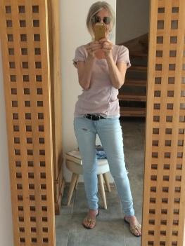 Sexy Rothaarige Verschlingt Eine Blondine Von Kopf Bis Fuß