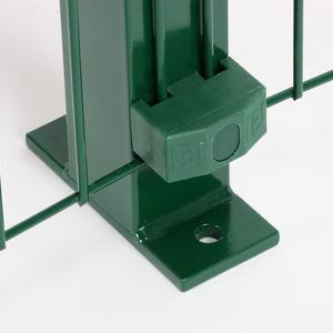 Palo Nylofor con piastra verde Per recinzione Nylofor 3D 2M