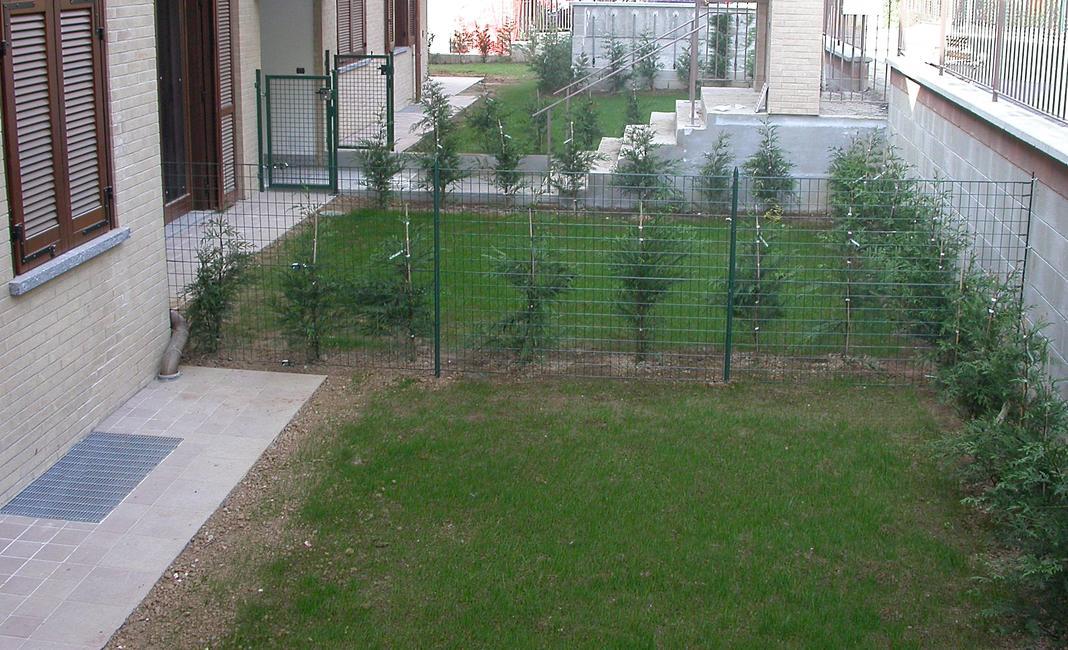 Awesome margherita la rete economica with recinzioni for Recinzione economica fai da te