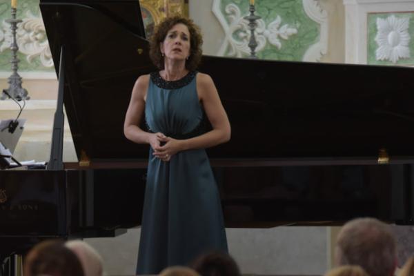 ESPECIAL DE CANTO - Juliane Banse, Anna Gourari, Ensemble TIMF, Christian Jost