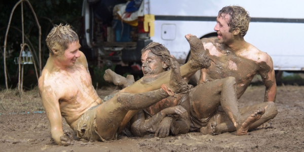 Muddy business or how to deal with dirt at the music festivals