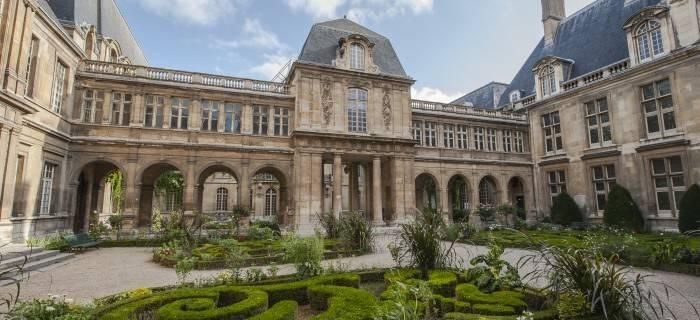 Hôtels particuliers dans le Marais