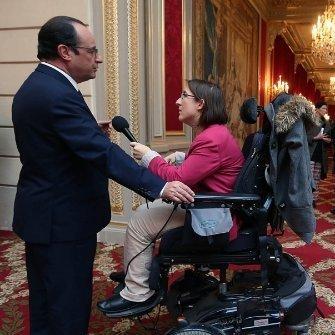 Interview de François Hollande, Président de la République en décembre 2014 pour Vivrefm