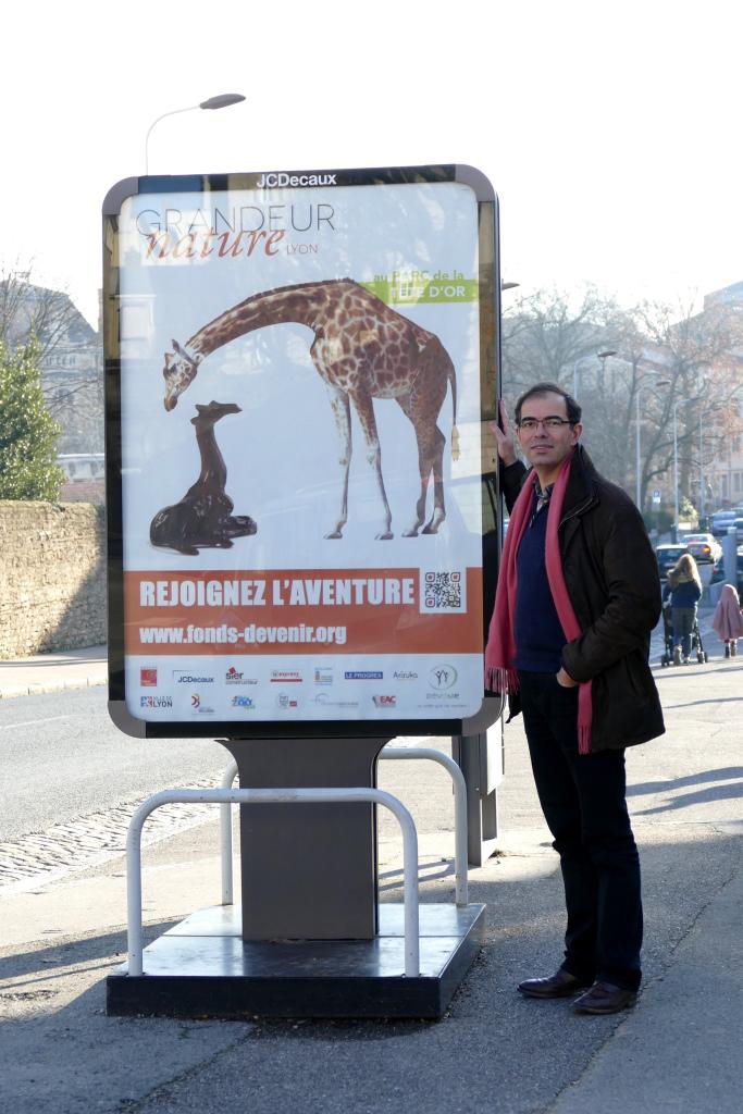 Damien et les affiches JC DECAUX