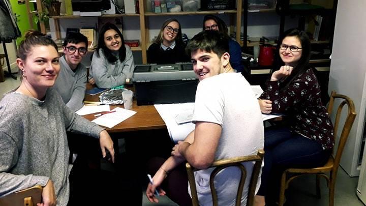 Les 8 jeunes bressans, organisateurs de Fous d