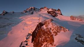 Le Doigt de Dieu film de montagne : La Meije en image et en philosophie