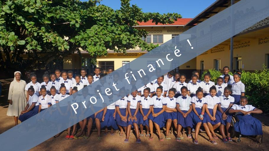 Des dictionnaires pour Madagascar : Pour une meilleure maîtrise du français