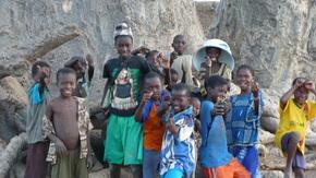 Récolte de fond pour l'association SAK : Aidez nous à leur fournir des affaires scolaires !