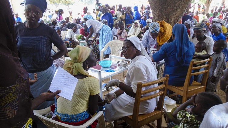 Women, the lifeblood of Nigeria : A project for the promotion of women