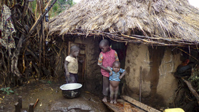 Ma maison, mon refuge : Deux familles relogées en Tanzanie