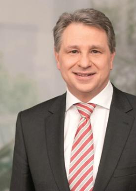 Portraitfoto von Norbert Schmitt