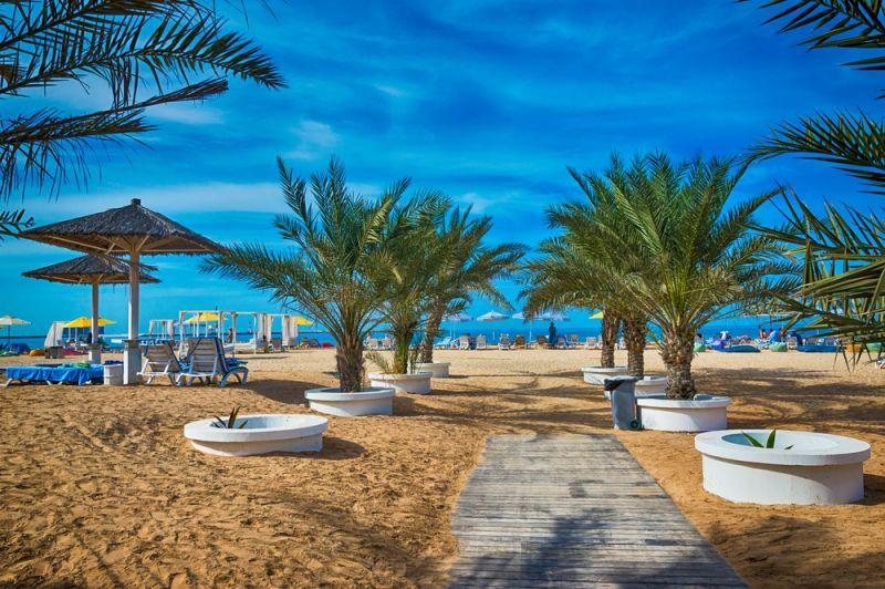 Frühbucherrabatt: 1 Woche Emirate im 5-Sterne-Hotel