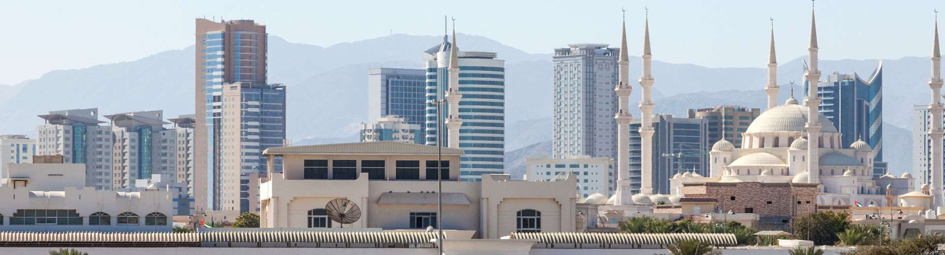 5 sterne hotel in fudschaira for Warnemunde 5 sterne hotel
