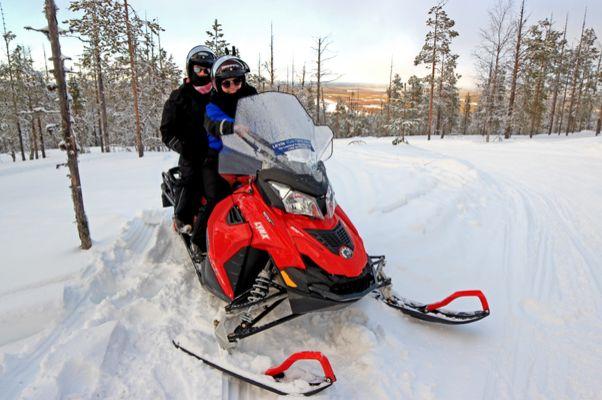 Wintersport & Abenteuer in Lappland
