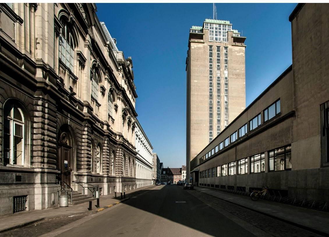 Verborgen Parels in Gent: Boekentoren en COBRA tentoonstelling