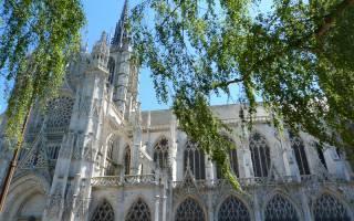 Culturele driedaagse: Noyon, Marly-le-Roi, Dreux, Evreux, Lisieux en Codray-Rabut