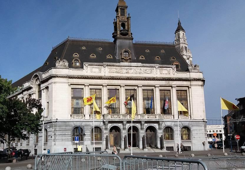 Verrassend Charleroi