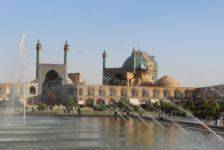 IRAN op zoek naar de verfijnde Perzische traditie