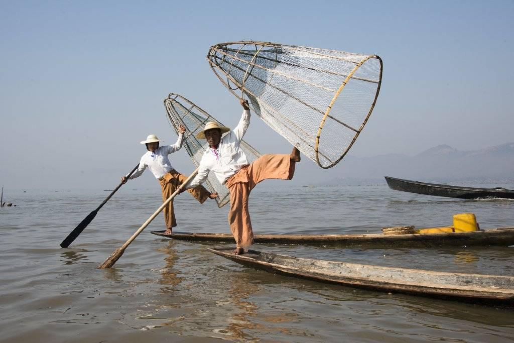 'Myanmar, het ware gezicht' & 'Oman, land van duizend-en-een nacht', beeldreportage