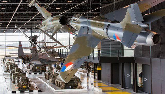 bezoek militair museum Soesterberg (N)