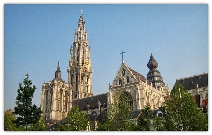 Achter de schermen van de Onze-Lieve-Vrouwe kathedraal te Antwerpen
