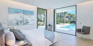 Luxusní vila s krásným výhledem na moře v Santa Ponsa (Thumbnail 7)