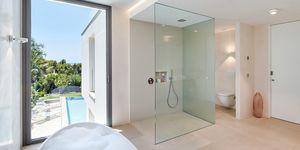 Luxusní vila s krásným výhledem na moře v Santa Ponsa (Thumbnail 6)