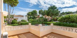 Villa in Santa Ponsa - Immobilie mit Ferienvermietungslizenz (Thumbnail 3)