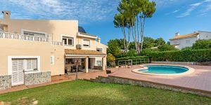 Villa in Santa Ponsa - Immobilie mit Ferienvermietungslizenz (Thumbnail 5)