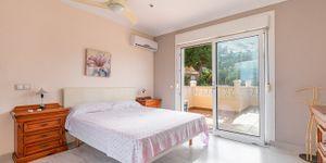 Villa in Santa Ponsa - Immobilie mit Ferienvermietungslizenz (Thumbnail 10)