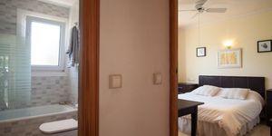 Villa in Santa Ponsa - Immobilie mit Ferienvermietungslizenz (Thumbnail 8)