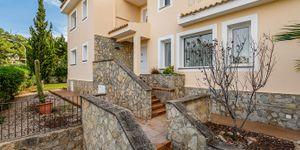 Villa in Santa Ponsa - Immobilie mit Ferienvermietungslizenz (Thumbnail 4)