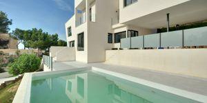 Moderne Villa unmöbliert in Küstennähe (Thumbnail 1)