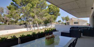 Minimalist villa with sea views in Cala Vinyas (Thumbnail 9)