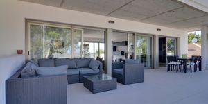 Minimalist villa with sea views in Cala Vinyas (Thumbnail 8)