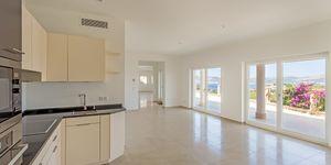 Mediterranean style villa with panoramic sea view in Santa Ponsa (Thumbnail 2)