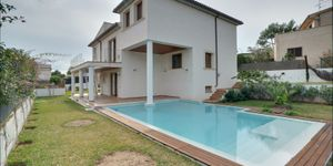 Moderne Villa in guter Wohnlage von Nova Santa Ponsa (Thumbnail 1)