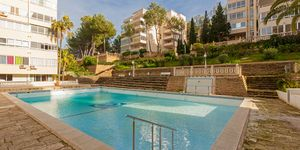 Zrenovovaný apartmán s výhledem na moře v Santa Ponsa (Thumbnail 10)
