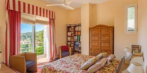 Villa in Costa de la Calma - gepflegtes Haus mit Teilmeerblick (Thumbnail 10)