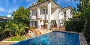 Villa in Costa de la Calma - gepflegtes Haus mit Teilmeerblick (Thumbnail 1)