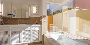 Villa in Santa Ponsa - modern renovierte Golfvilla in beliebter Anlage (Thumbnail 7)